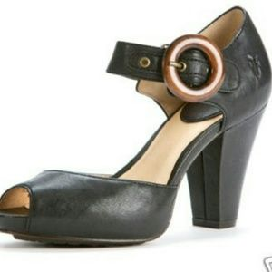 Frye Leather Peep Toe Kelsey Block Heel Retro